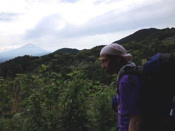 振返り富士山.JPG